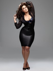 ashley-graham-in-black