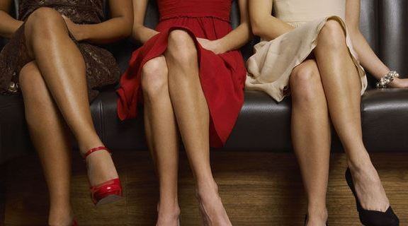 Wow! DONNE Che gambe che look