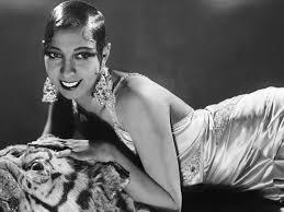MODA IN PILLOLE Il Novecento Gli anni 20 (Josephine Baker)